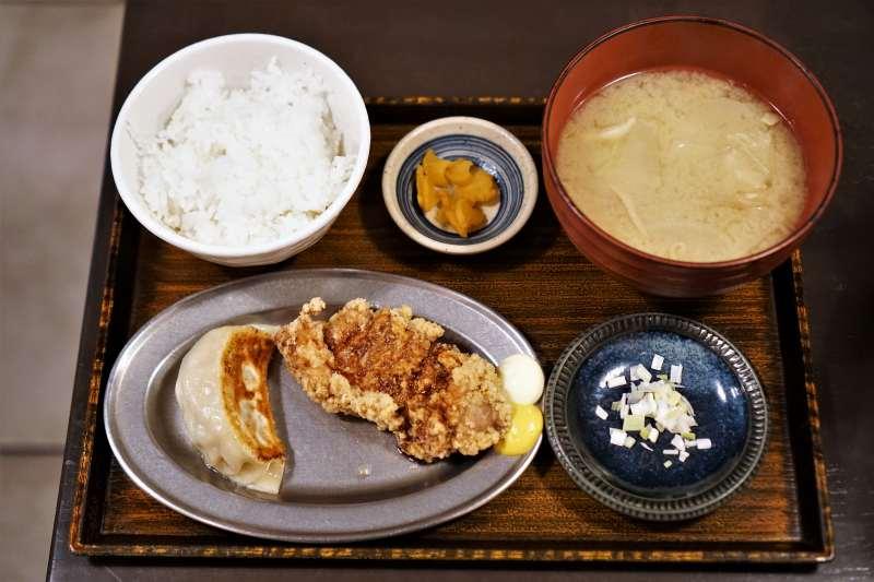 SAPPORO餃子製造所 餃子ザンギ定食