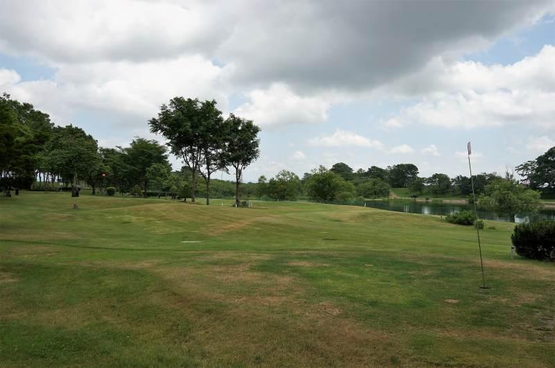 皆楽公園キャンプ場のパークゴルフ場