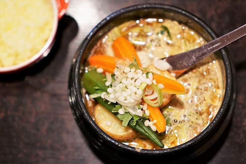 橙~オレンジ のスープカレー
