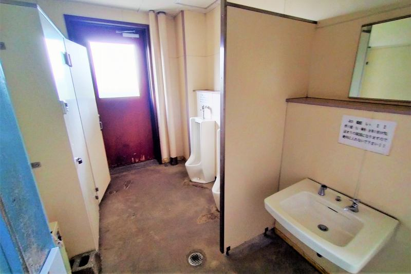 皆楽公園キャンプ場のトイレ