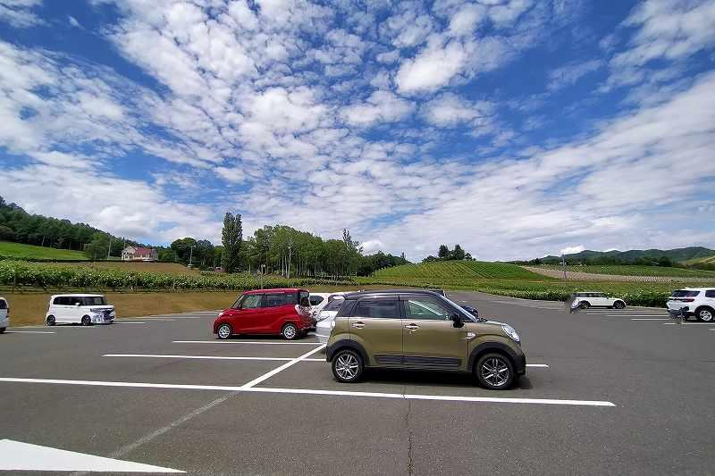「カンパーナ六花亭」の駐車場