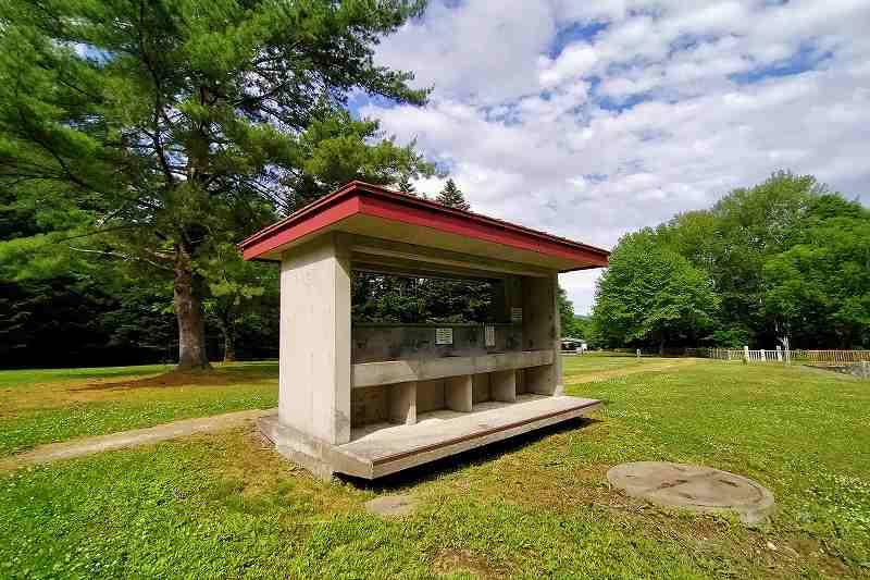 山部自然公園太陽の里の炊事場