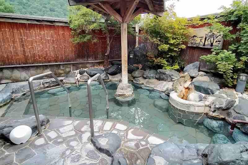 旅籠屋定山渓商店の露天風呂
