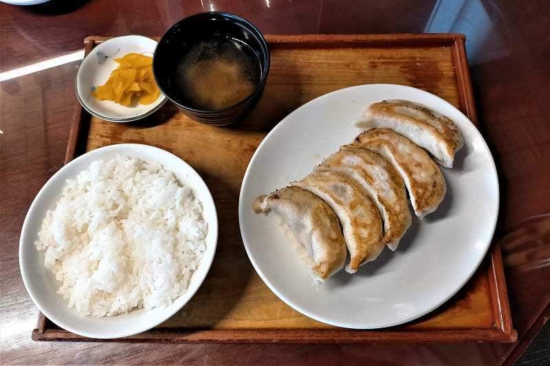 あおぞら銭函3丁めの「ジャンボ餃子定食」